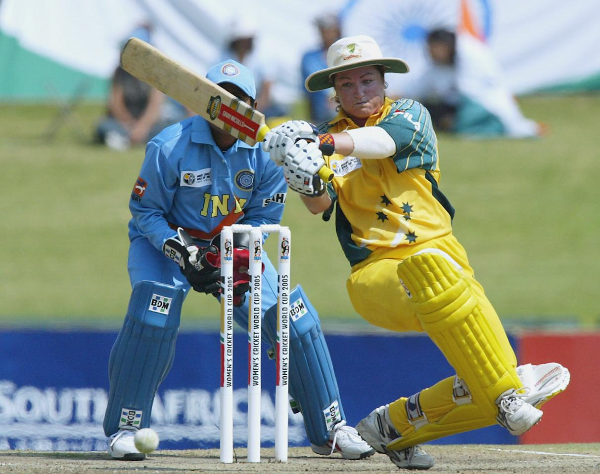 [ICCWWC2013] PRETORIA, SOUTH AFRICA - APRIL 10: (TOUCHLINE IMAGES ARE AVAILABLE TO CLIENTS IN THE UK, USA AND AUSTRALIA ONLY)  Karen Rolton of Australia in action during the IWCC Women's World Cup Final match between India and Australia at Supersport Park Stadium on April 10, 2005 in Pretoria, South Africa. (Photo by Touchline/Getty Images)