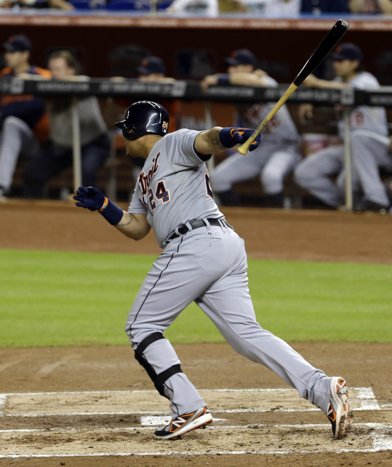 Cabrera wins 3rd straight AL batting title