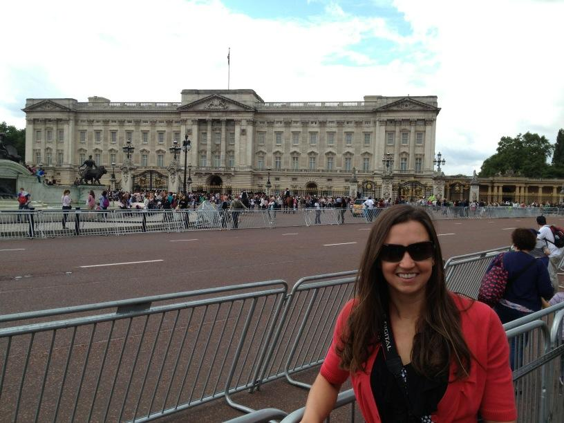 Buckingham Palace today! Happened to stumble in there right as the Changing of the Guards was happening @rebsoni