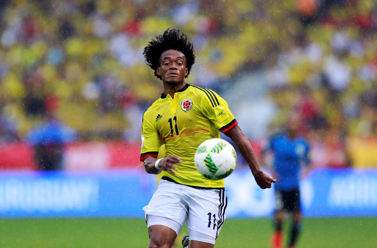 Football Soccer - Colombia v Uruguay - World Cup 2018 Qualifiers - Roberto Melendez stadium, Barranquilla, Colombia - 11/10/16 Colombia's Juan Cuadrado in action. REUTERS/John Vizcaino     TPX IMAGES OF THE DAY