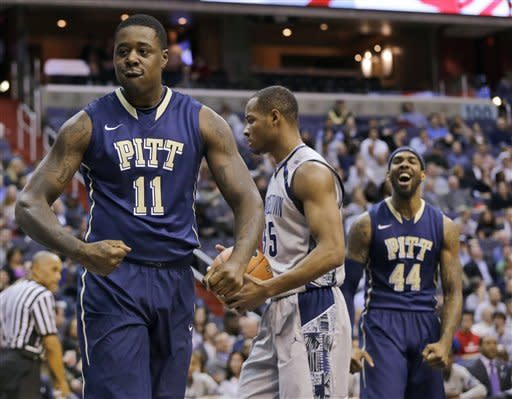 Pittsburgh rolls past No. 19 Georgetown 73-45