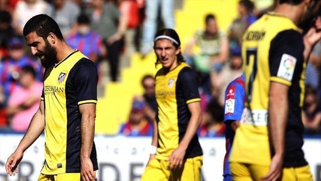 Liga - Levante stun Atletico to blow title race wide open