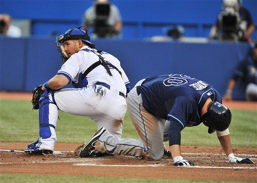 Encarnacion homers as Blue Jays top Rays 2-1