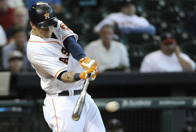 Crowe's RBI single in 9th lifts Astros over Twins