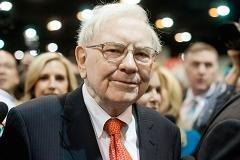 Buffett: Debt limit is 'weapon of mass destruction'