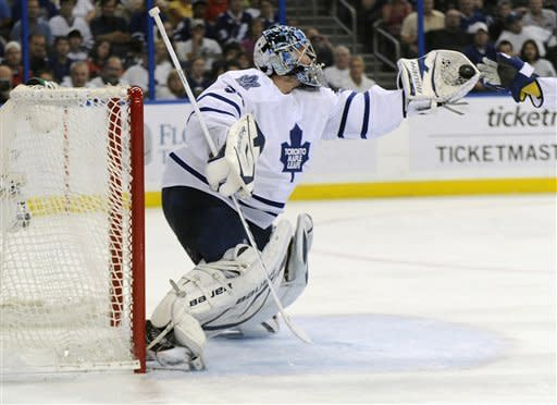 Reimer makes 34 saves as Leafs top Lightning 3-1