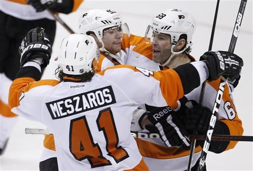 Flyers rally past Jets in OT for 5-4 win