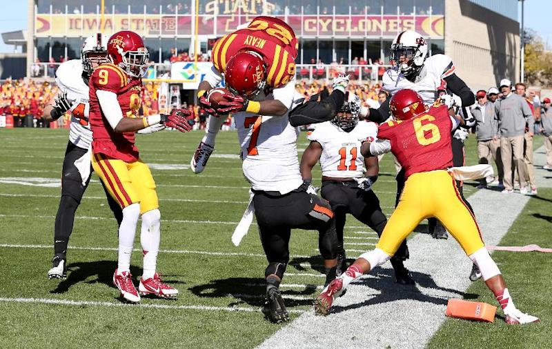 Cyclones hit bottom with back-to-back blowouts