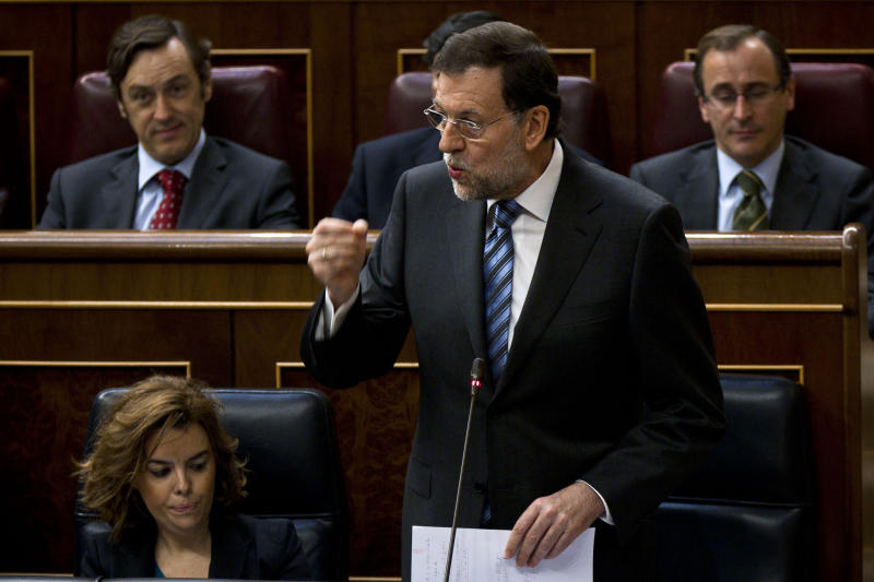Spain calls for European integration to save euro