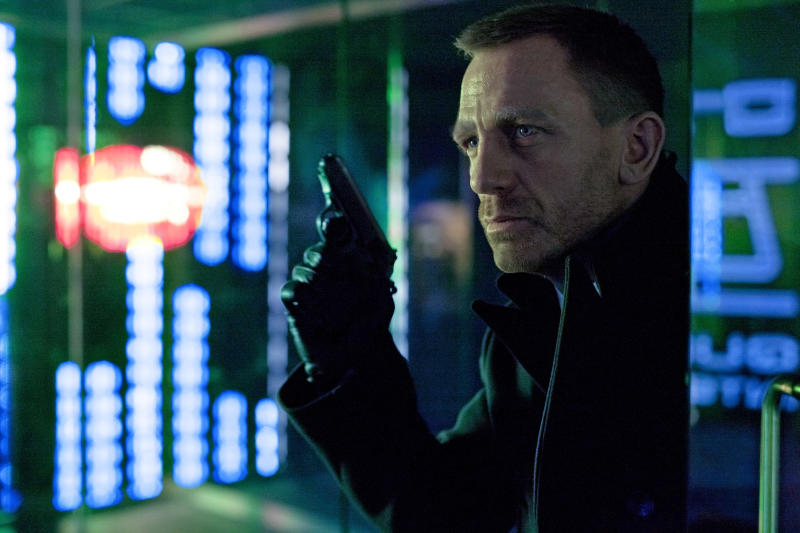 'Skyfall,' 'Guardians' duel for box-office win