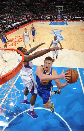 Warriors hold off Clippers 114-110
