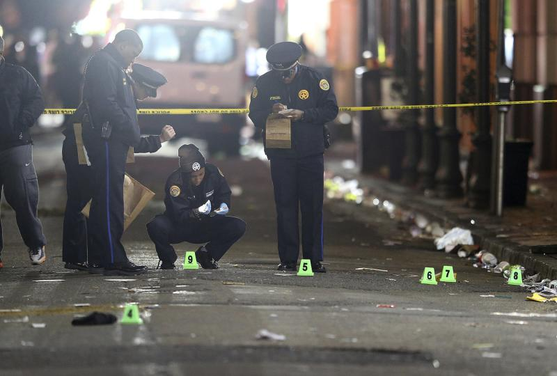 One dead, nine hurt in New Orleans shooting