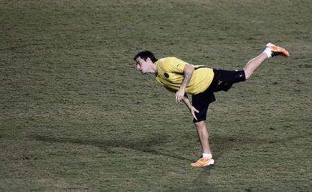Alejandro Martinuccio of Uruguay's Penarol attends a soccer training session at Pacaembu stadium in Sao Paulo June 21, 2011. Penarol will face Brazil's Santos in the second leg of the Copa Libertadores final on Wednesday. REUTERS/Nacho Doce (BRAZIL - Tags: SPORT SOCCER) - RTR2NXNT