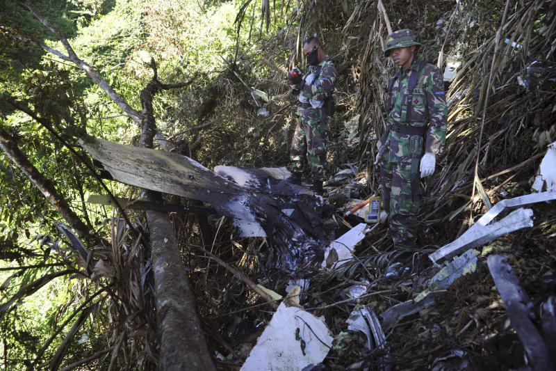 Crew blamed for Russian jet crash in Indonesia