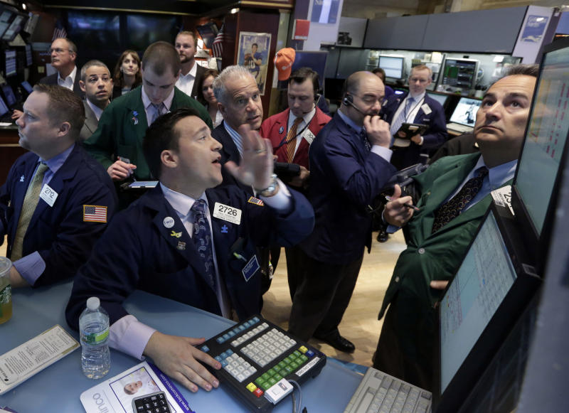 Stocks fall on signs of slowing global economy