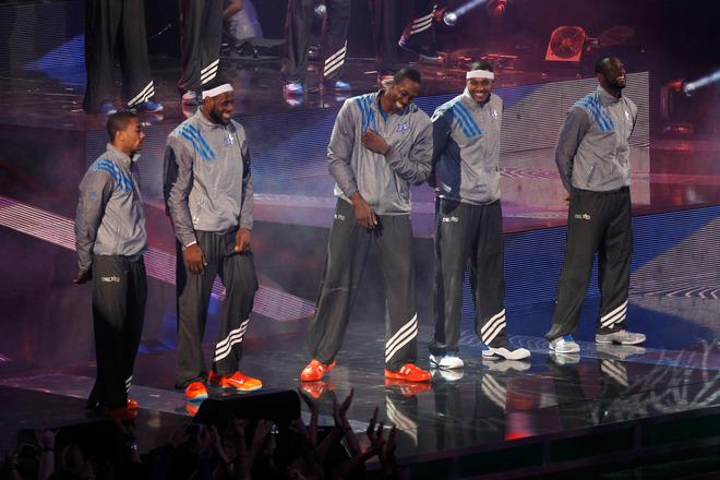 ORLANDO, FL - FEBRUARY 26:  (L-R) Eastern Conference All-Star starters Derrick Rose #1 of the Chicago Bulls, LeBron James #6 of the Miami Heat, Dwight Howard #12 of the Orlando Magic, Carmelo Anthony #15 of the New York Knicks and Dwyane Wade #3 of the Miami Heat are introduced during the 2012 NBA All-Star Game at the Amway Center on February 26, 2012 in Orlando, Florida.  NOTE TO USER: User expressly acknowledges and agrees that, by downloading and or using this photograph, User is consenting to the terms and conditions of the Getty Images License Agreement.  (Photo by Mike Ehrmann/Getty Images)
