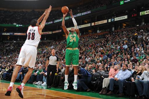 Pierce and Allen lead way in Celtics' rout