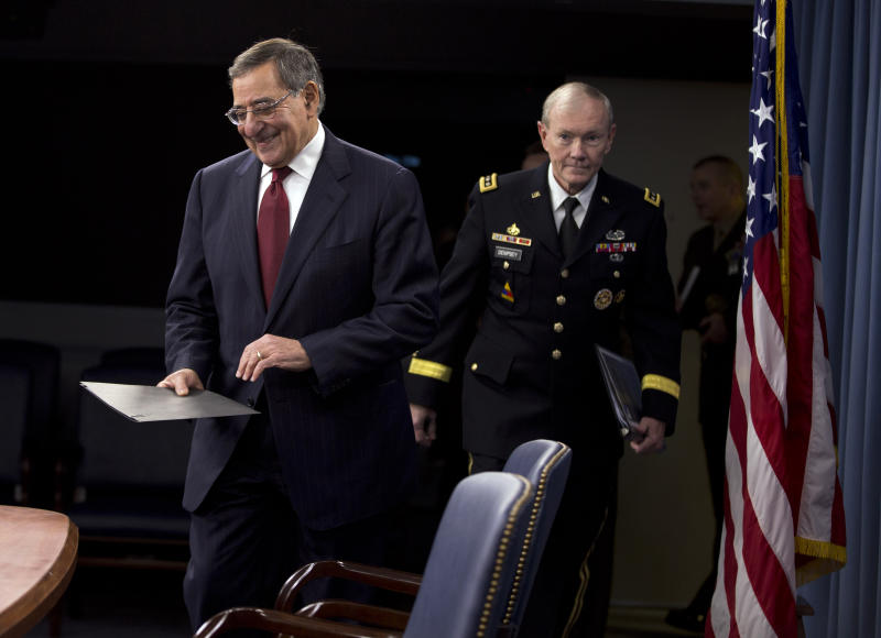 Pentagon moving to freeze hiring, delay contracts