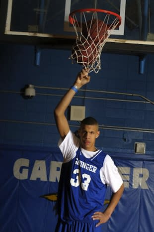 Garinger center Raekwon Long is among the top prospects in the Class of 2016 — Charlotte Observer