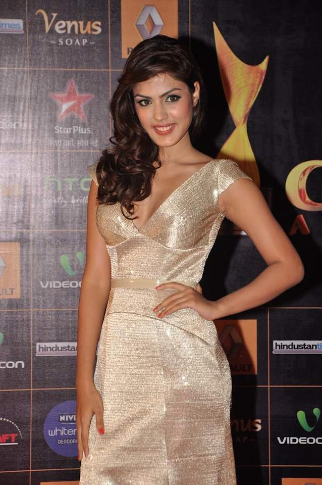 Making her debut under the YRF banner this year is the VJ turned actress Rhea Chakraborthy. She's just 20 but check out her confidence and oomph in front of the shutterbugs.
