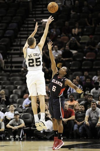 Spurs beat Hawks 101-99