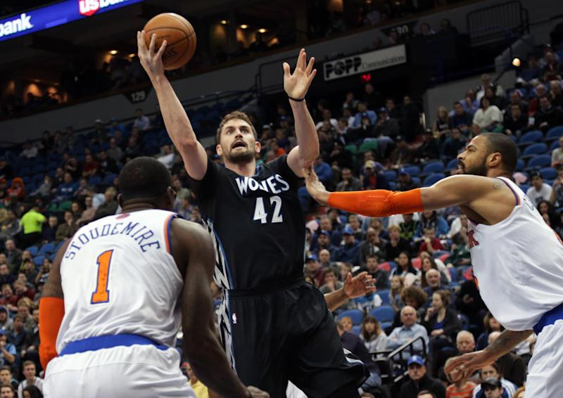 Melo, Knicks snap 7-game skid, top Wolves 118-106