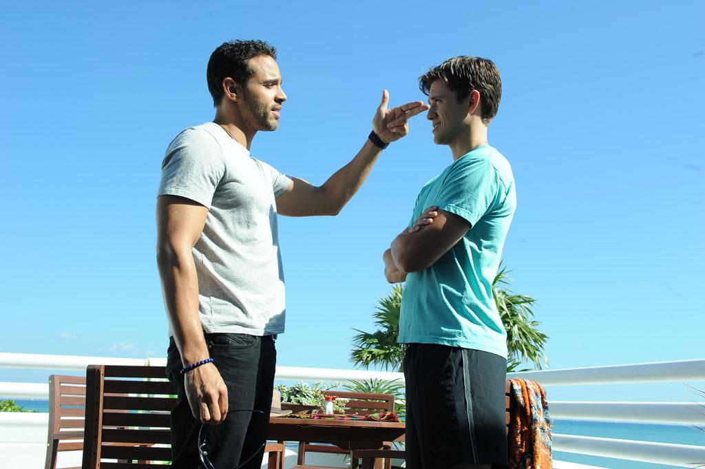 "Daniel Sunjata as Paul Briggs and Aaron Tveit as Mike Warren in the ""Graceland"" episode, ""Guadalaljara Dog."""
