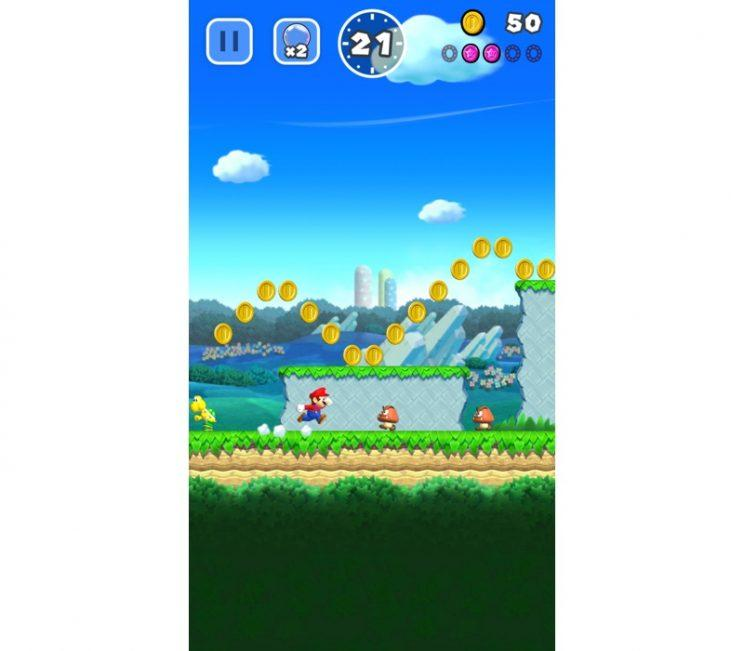 Nintendo Mario Run one-handed play.