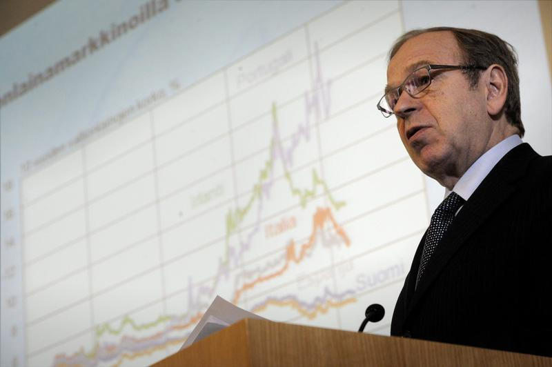 Bank of Finland Governor Liikanen speaks during a press briefing on the release of the latest issue of the Euro & talous journal in Helsinki