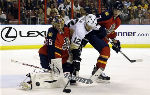Morrow's 2 goals send Pens past Panthers 3-1