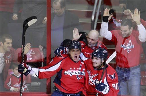 Ovechkin nets 2, Caps cruise past Panthers 4-0