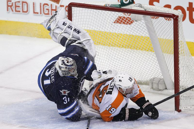 Jets topple Flyers 3-2 in shootout