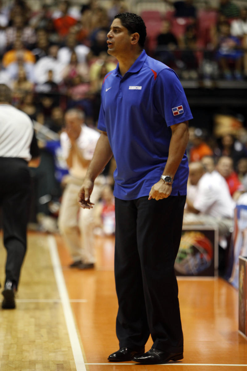 USF hires Kentucky's Antigua as new hoops coach