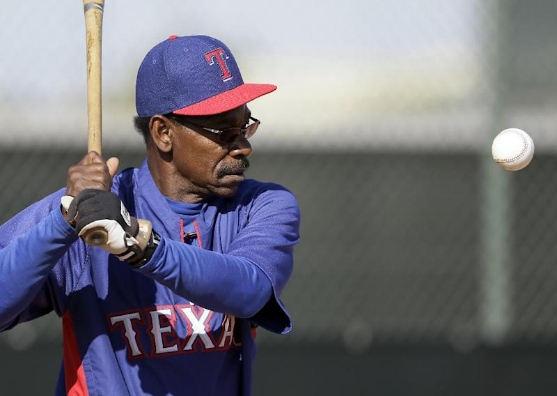 Rangers add year to manager Ron Washington's deal