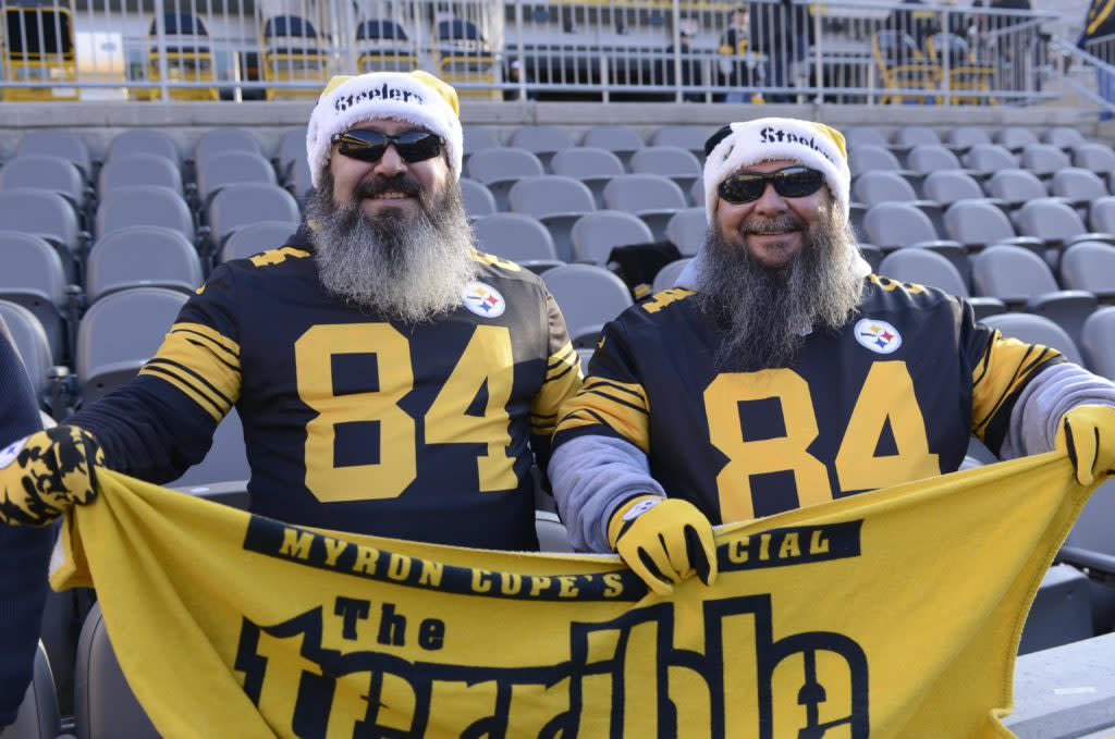"<img width=""640"" height=""424"" alt=""Dec 25, 2016; Pittsburgh, PA, USA; Pittsburgh Steelers fans in Christmas attire prior to a game against the Baltimore Ravens at Heinz Field. Mandatory Credit: Mark Konezny-USA TODAY Sports""/><p>The Steelers32 writing team compares their poor prediction of the Steelers' schedule with the actual 2017 schedule.  Hint: the actual schedule is better. </p> <p>The post <a rel=""nofollow"" rel=""nofollow"" href=""http://cover32.com/2017/04/21/cover32s-prediction-results/"">Pittsburgh Steelers' schedule prediction results</a> appeared first on <a rel=""nofollow"" rel=""nofollow"" href=""http://cover32.com"">Cover32</a>.</p>"