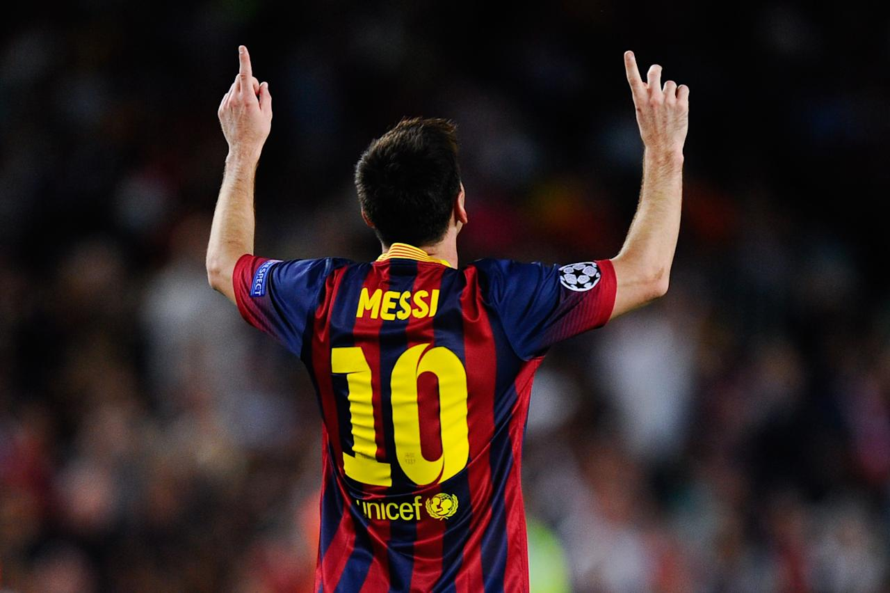 BARCELONA, SPAIN - SEPTEMBER 18: Lionel Messi of FC Barcelona celebrates after scoring his team's second goal during the UEFA Champions League Group H match between FC Barcelona and Ajax Amsterdam ag the Camp Nou stadium on September 18, 2013 in Barcelona, Spain. (Photo by David Ramos/Getty Images)