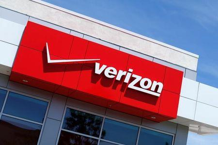 USA  wireless carriers are finally reversing the worst trend in mobile data