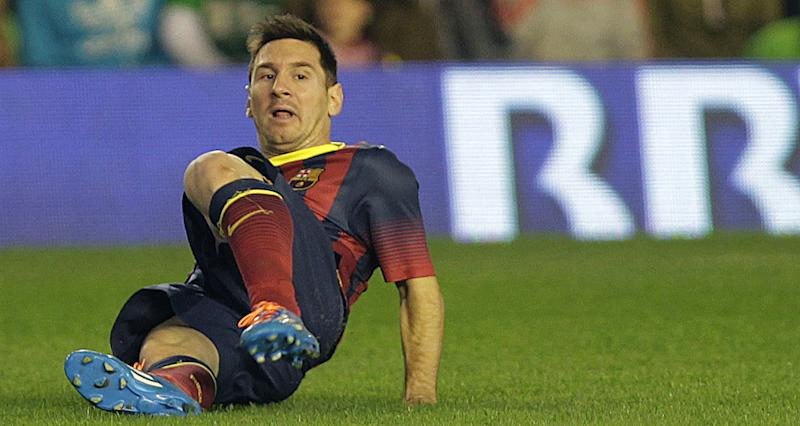 Messi out 6 to 8 weeks with another leg injury
