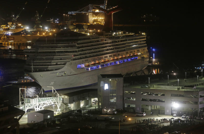 Passengers finally leaving disabled cruise ship