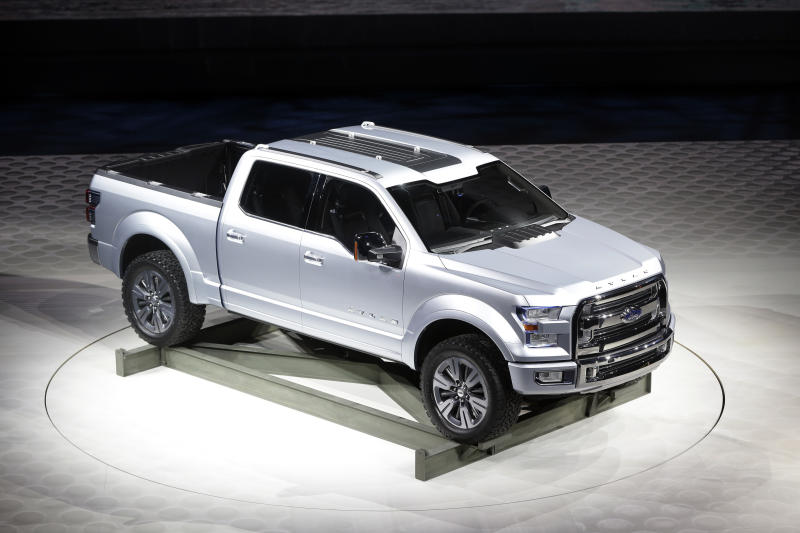 Ford shows pickup concept in Detroit