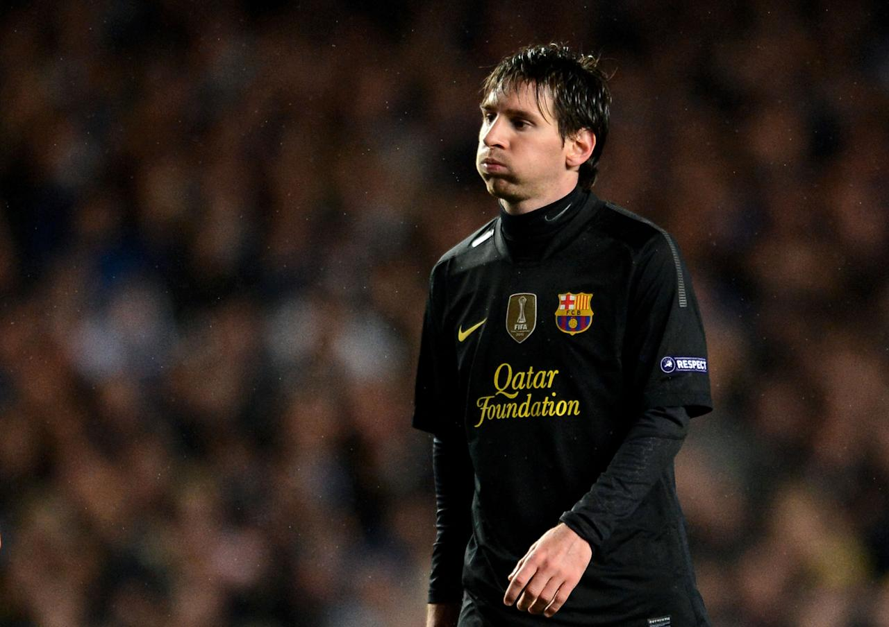 LONDON, ENGLAND - APRIL 18:  Lionel Messi of Barcelona looks dejected during the UEFA Champions League Semi Final first leg match between Chelsea and Barcelona at Stamford Bridge on April 18, 2012 in London, England.  (Photo by Jasper Juinen/Getty Images)