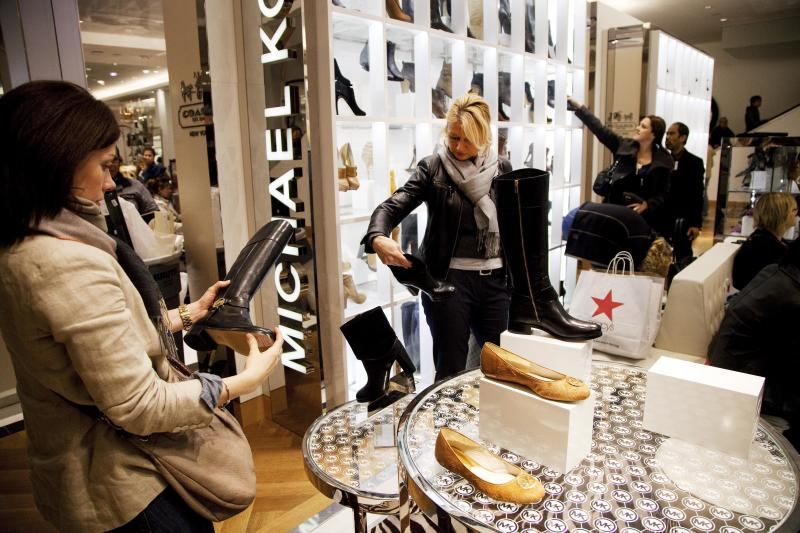 US consumer prices tick up as rental costs rise