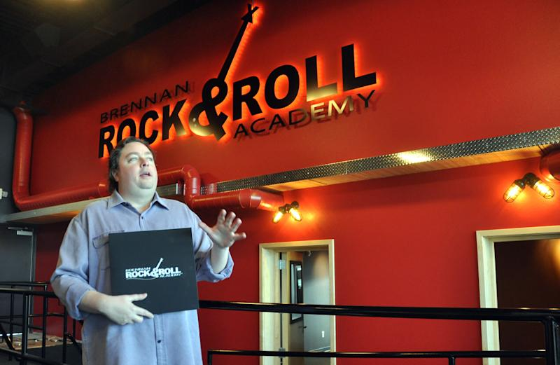 Rock 'n' rollers aid academy opening in S. Dakota