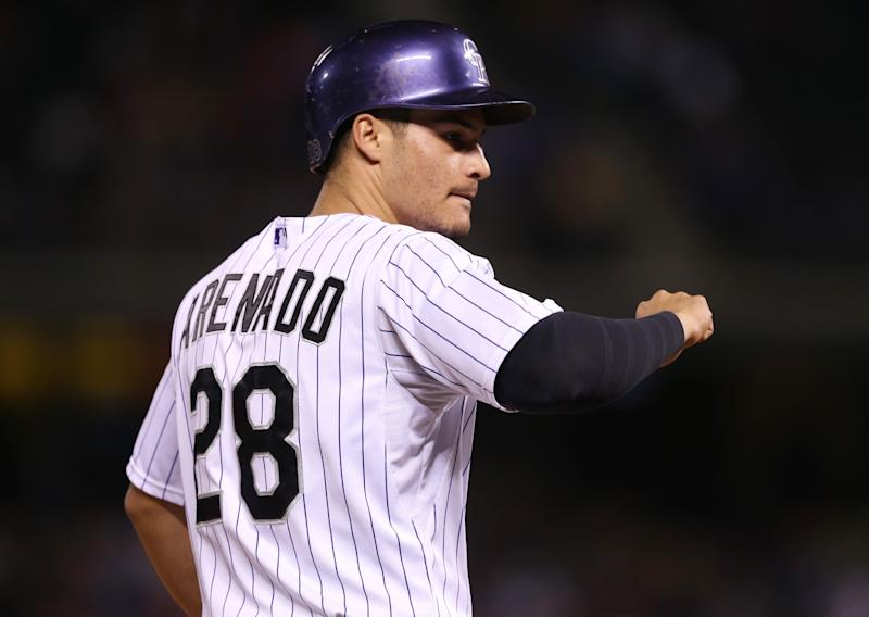 Arenado's 27-game hit streak ties Rockies' record