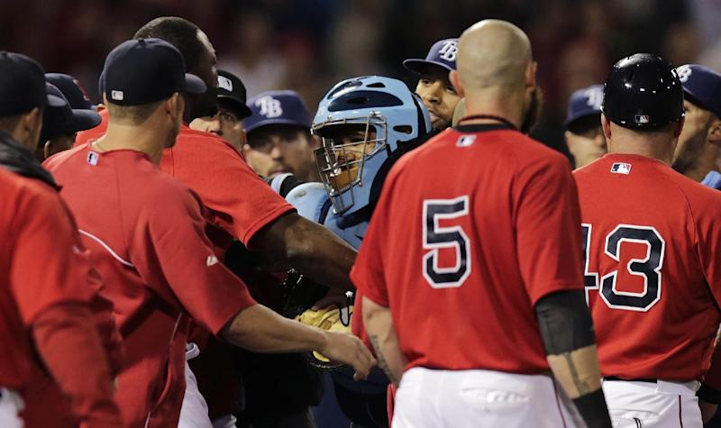 Pierzynski lifts Red Sox over Rays 3-2 in 10