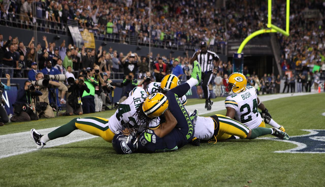 SEATTLE, WA - SEPTEMBER 24:  Wide receiver Golden Tate #81 of the Seattle Seahawks makes a catch in the end zone to defeat the Green Bay Packers 14-12 on a controversial call by the officials at CenturyLink Field on September 24, 2012 in Seattle, Washington.  (Photo by Otto Greule Jr/Getty Images)