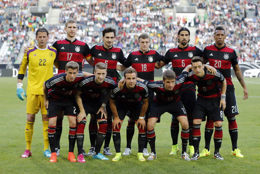 Germany includes all injured stars in final squad