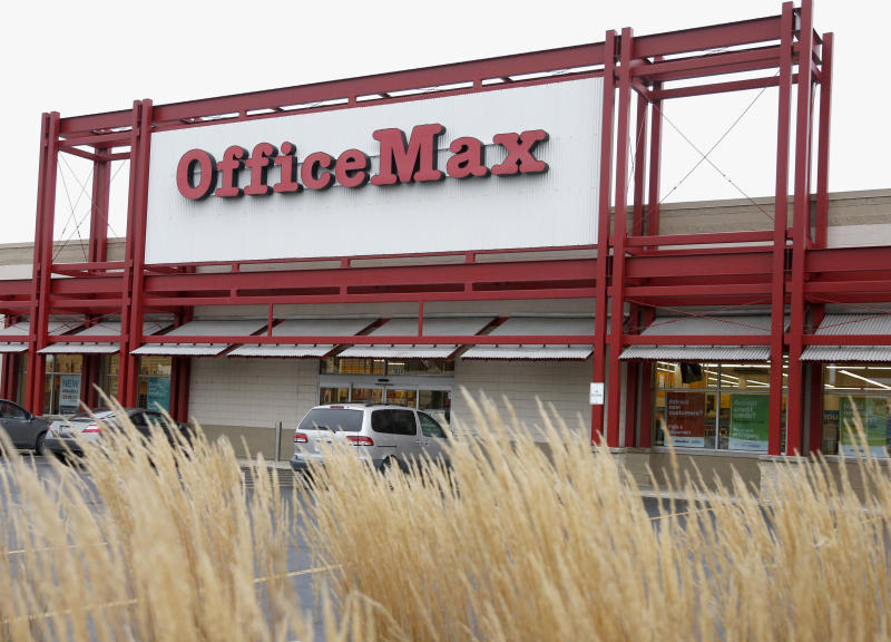 Office Depot plans to close at least 400 US stores