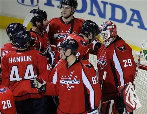 Minus Crosby, Pens lose 6th in row, 1-0 to Caps