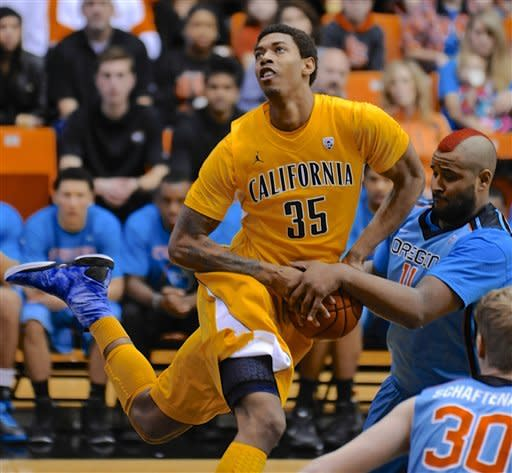 California holds off Oregon State 60-59